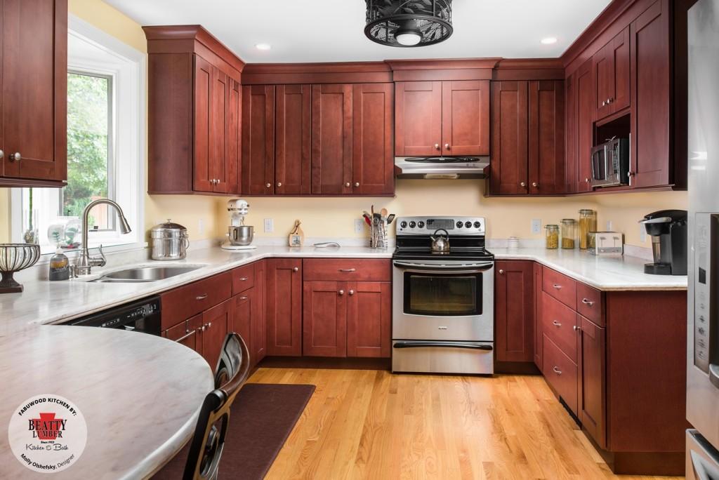 Fabuwood Shaker Brandy Kitchen Cabinets